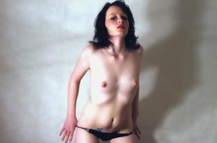 Profil von: Suesse 18J - sexy sex, erotikchat kostenlos