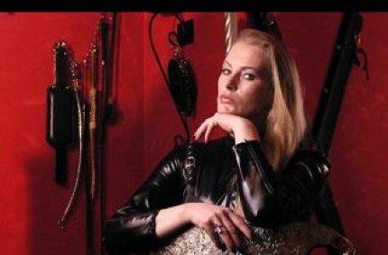 Profil von: Madame Zarah - sexy cam girls, amateur camture
