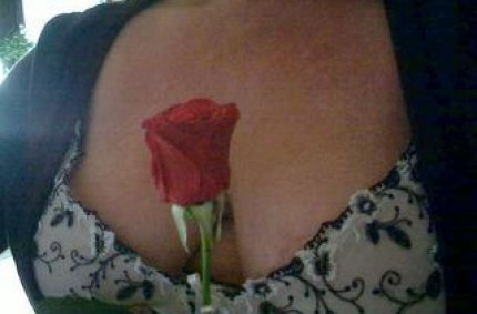 Profil von: Mazana - dicke nackte frauen, omas aktphotos