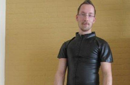 Profil von: Bizarr - gay foto, schwule models