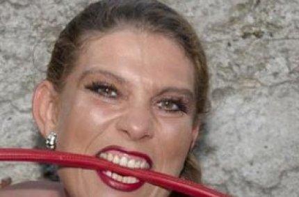Profil von: HotPatrizia - rasiert muschis, pinkeln
