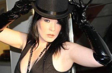 Profil von: luderjelena - sm sex, analsex videos kostenlos