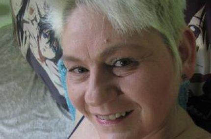Profil von: vollbusige-anna - rasiertefotzen, rubensfrauen privat