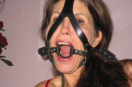 Profil von: Devote-Lucy - porno muschis, frauen gratis